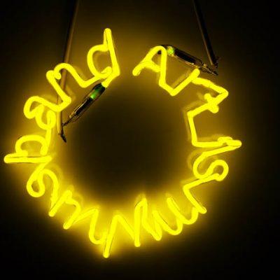 Ardan Özmenoğlu, Art is my husband, 2011, Neon tube, 40 cm. (diameter)